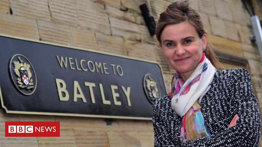 Jo Cox: Sister's kindness plea on anniversary of murder