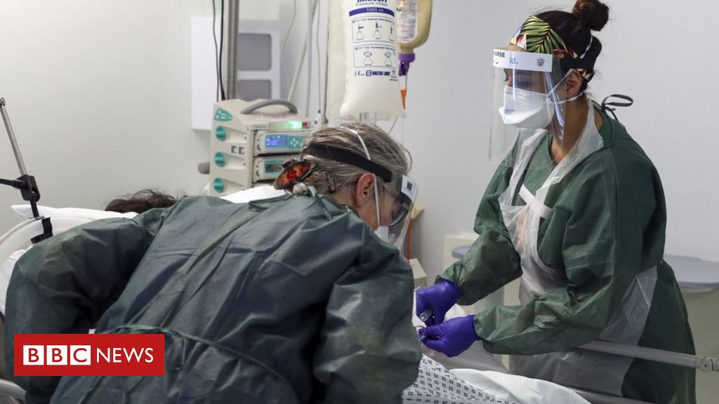 Coronavirus: Nurses' leaders urge 'care for those who caring'