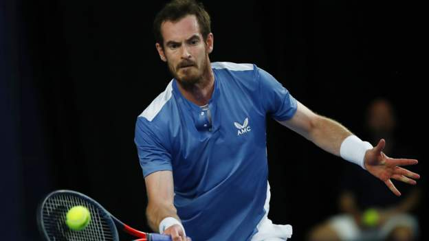 Andy Murray wins Battle of the Brits opener against Liam Broady