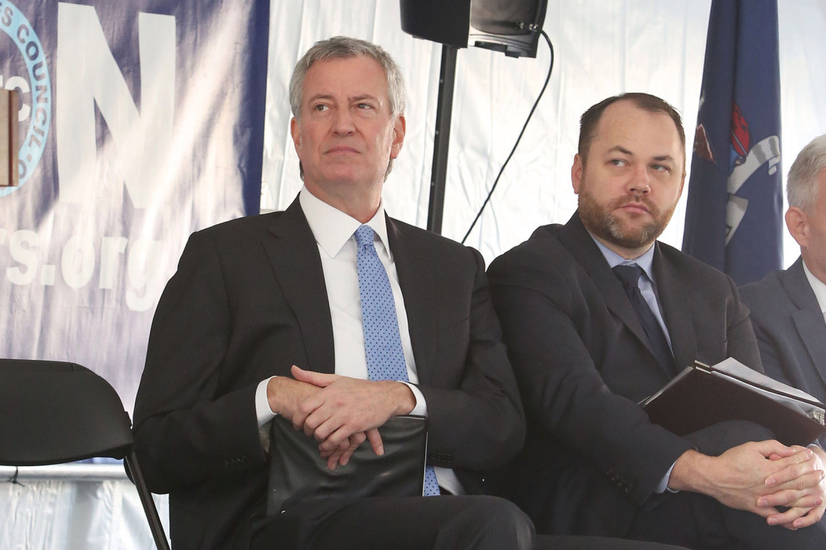 De Blasio, Council around spending budget deal with $1 billion NYPD minimize