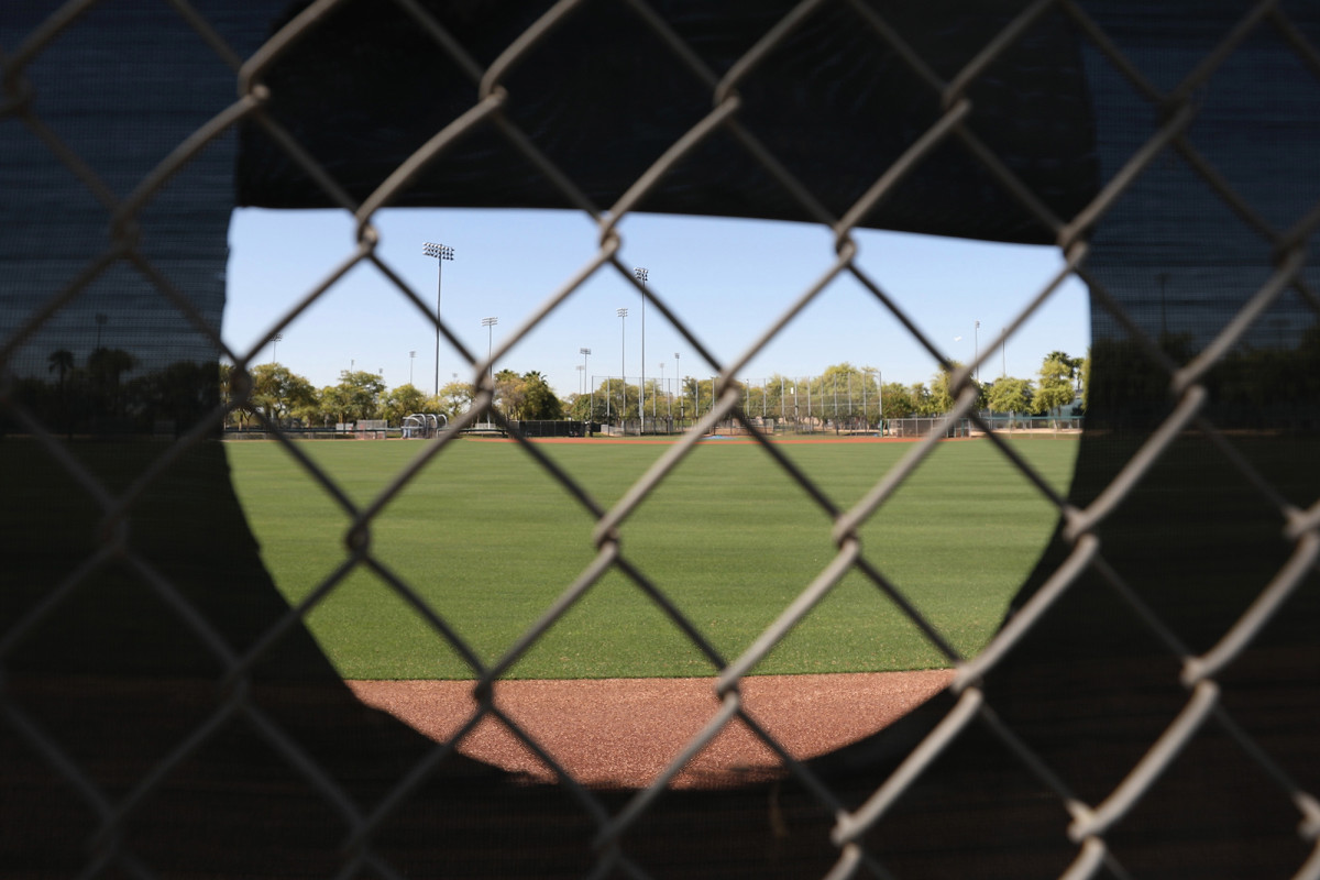 MLB closes all 30 spring coaching camps for coronavirus cleansing