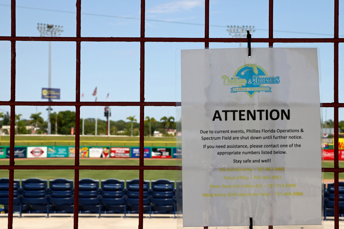 MLB may shut down all spring training sites for coronavirus cleaning