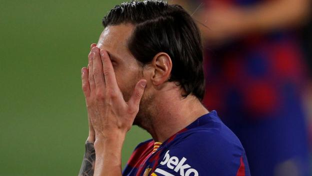 Sevilla 0-0 Barcelona: League leaders held to frustrating draw