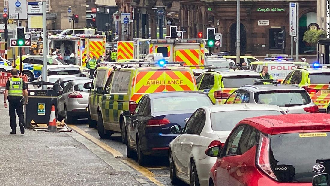 Stabbing incident: Armed police shoot suspect in Glasgow city center