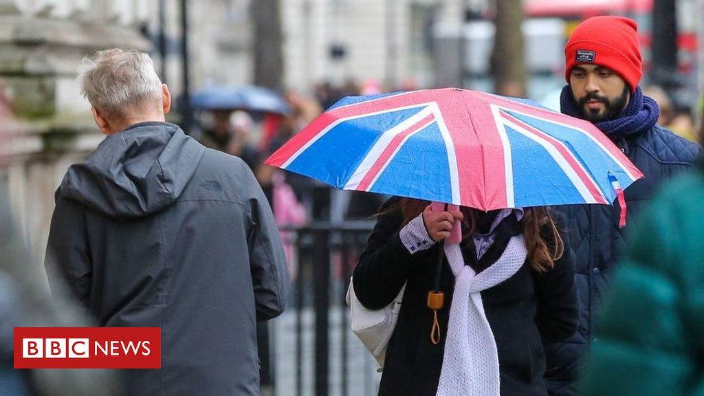 Uk governing administration borrowing hits file large in May as virus weighs
