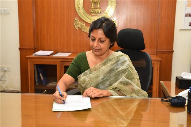 Vini Mahajan appointed Punjab's first girl Main Secretary