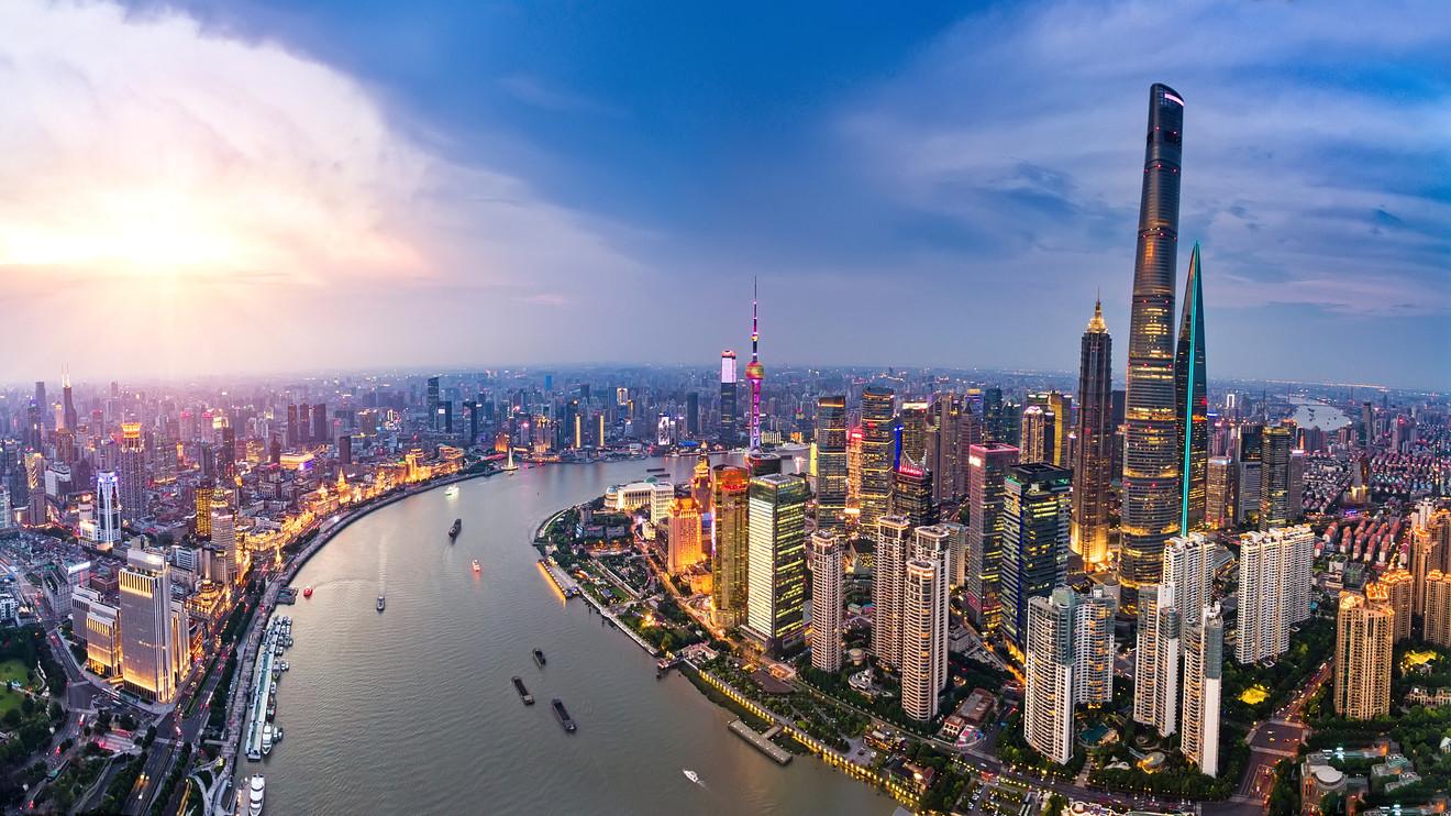 Asian markets sink as U.S.-China tensions rise, U.S. tech stocks fall