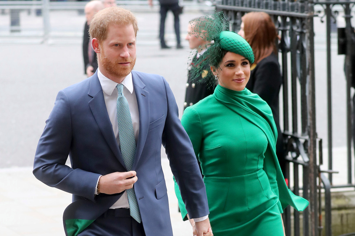 Harry and Meghan felt snubbed by Queen for the duration of her Christmas speech