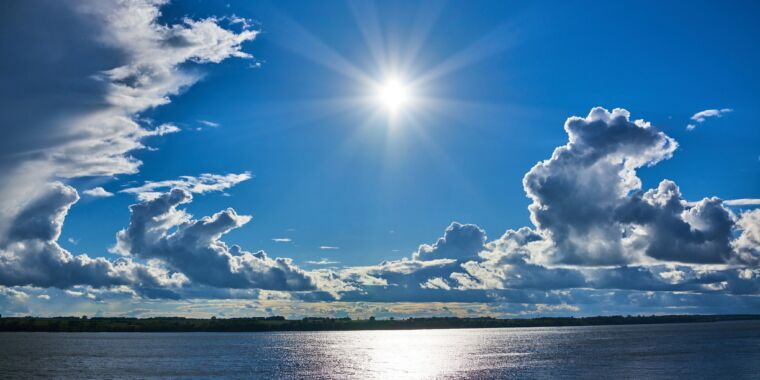 Major study rules out super-high and low climate sensitivity to CO₂
