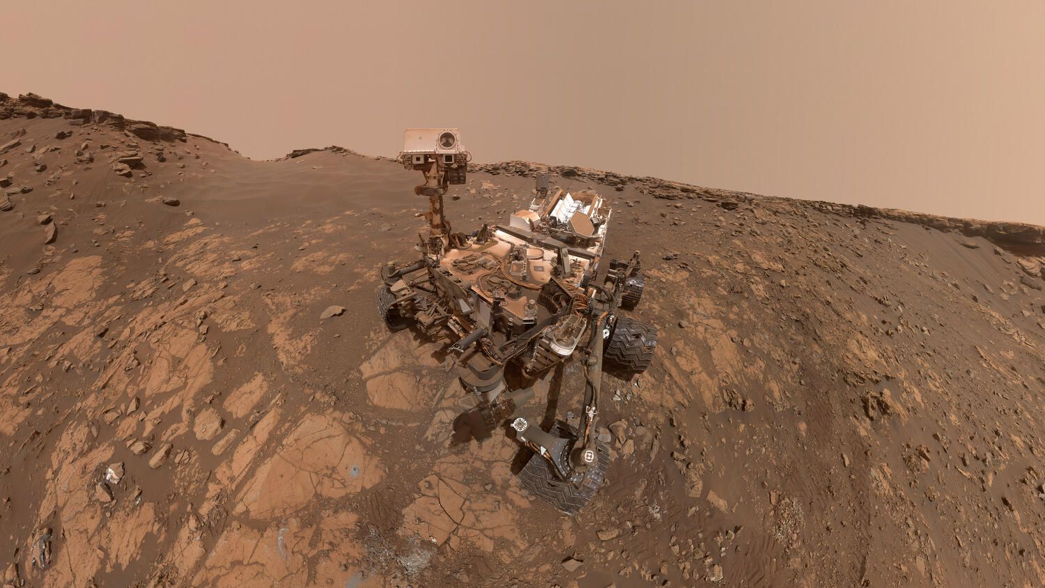 NASA Curiosity rover starts epic 'summer road trip' across Mars