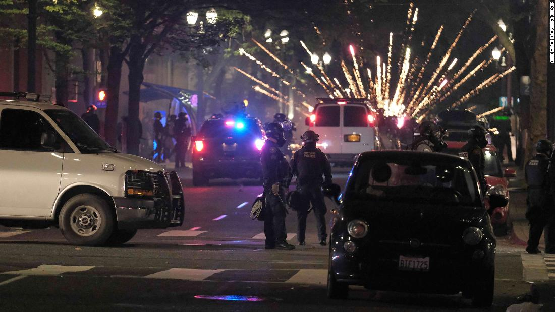 Portland police says federal officers won't work in its incident command center