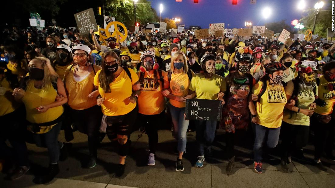 Portland protests: 1 person stabbed; authorities used tear gas