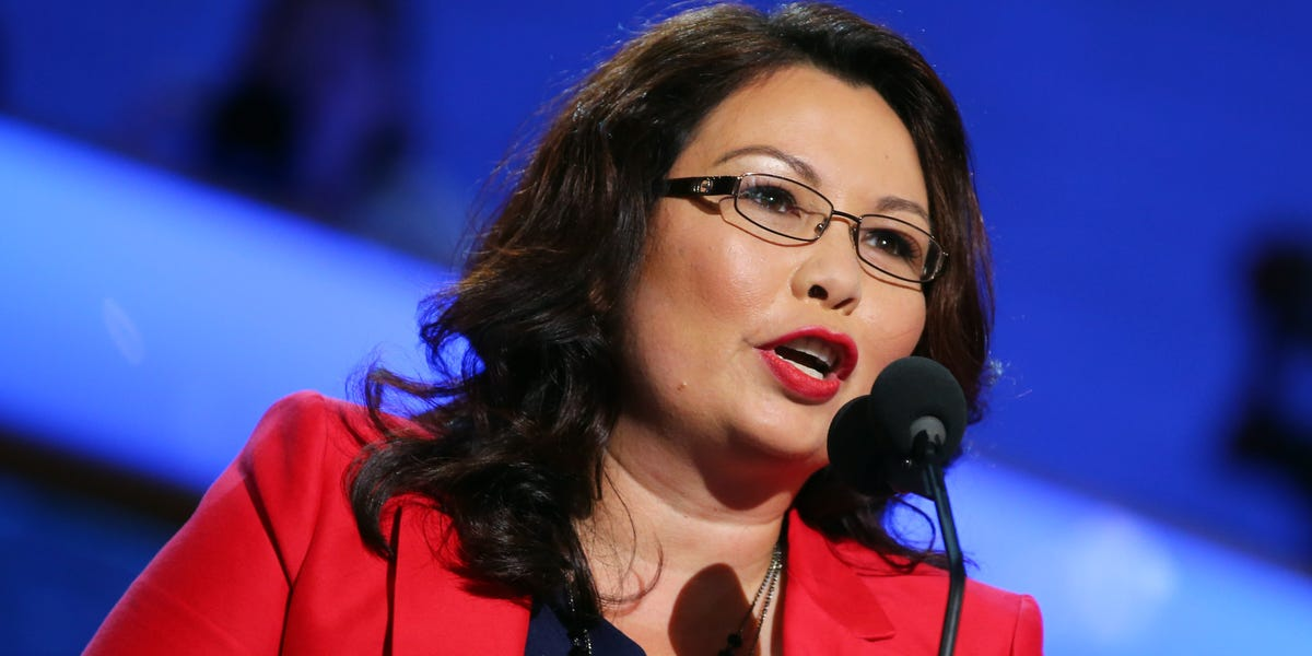 Sen. Duckworth blasts Tucker Carlson after he questions her patriotism