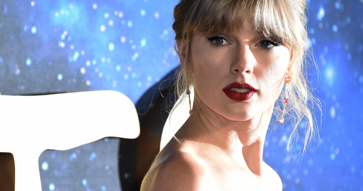 """Taylor Swift pledges donation to Black business owner after she's accused of ripping off design for """"Folklore"""" merchandise"""