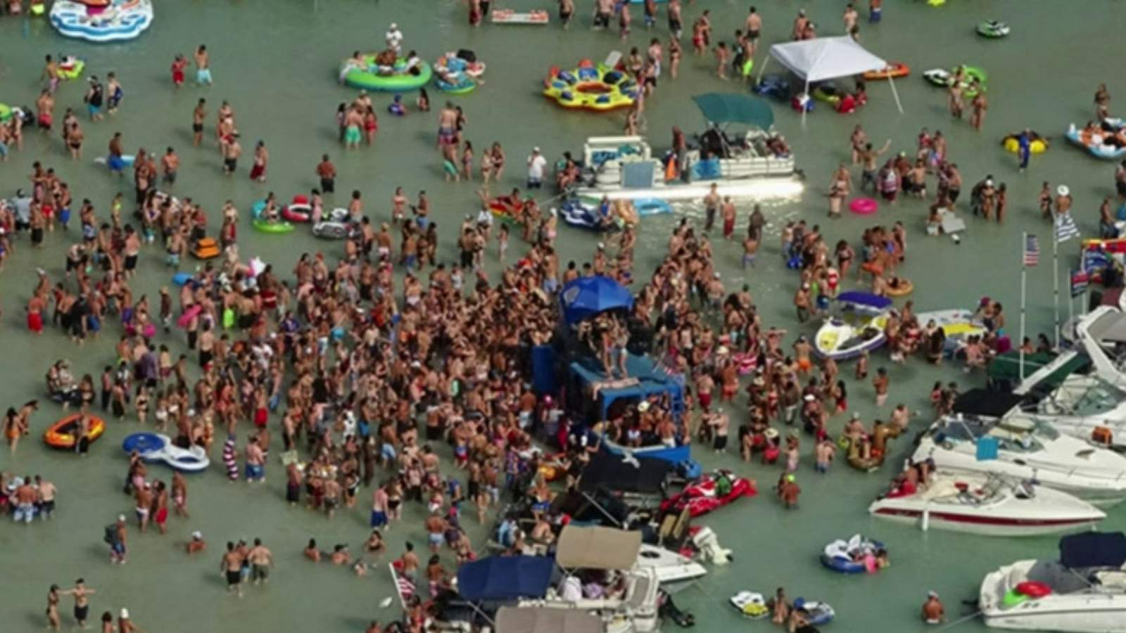 Torch Lake sandbar outlined as possible coronavirus (COVID-19) publicity web page