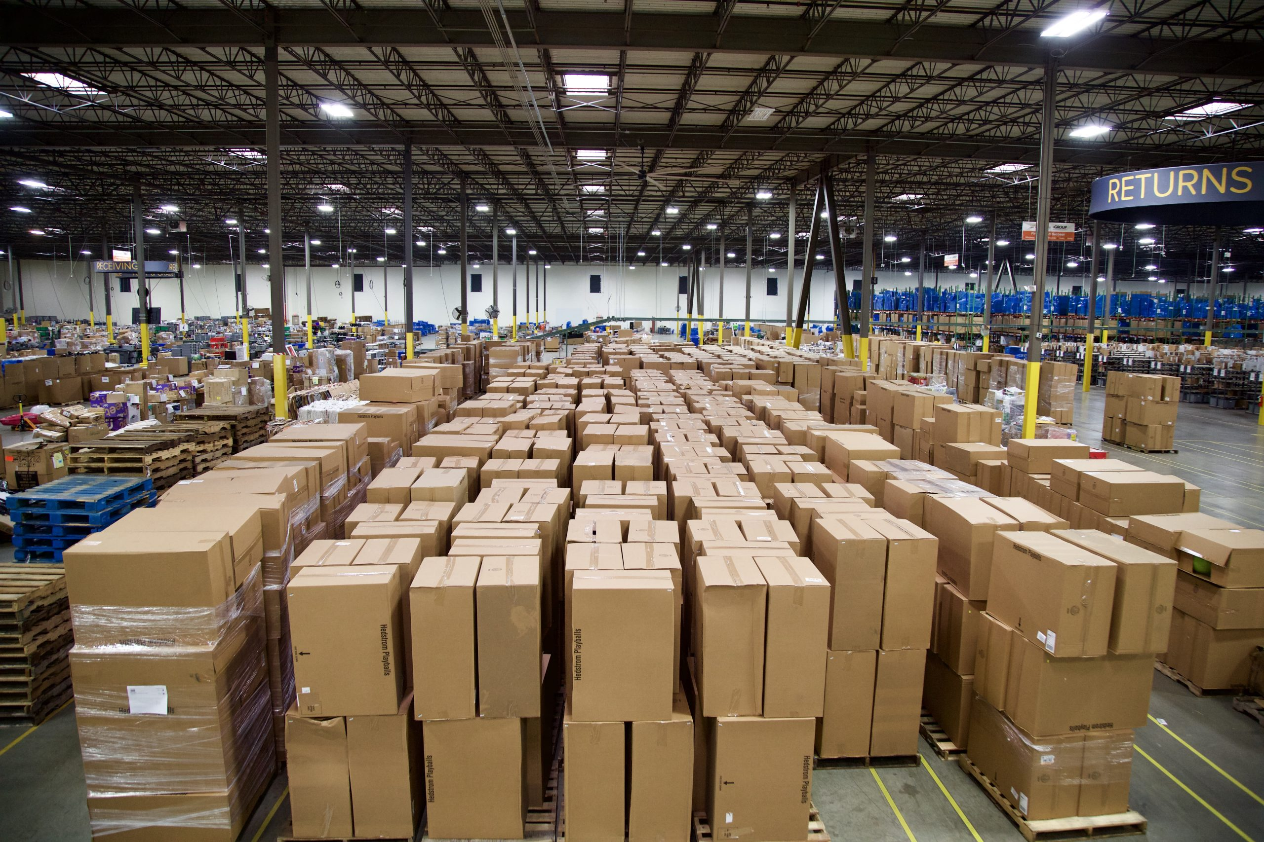 U.S. may need another 1 billion square feet of warehouse space by 2025