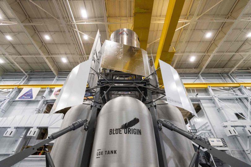 Blue Origin-led team delivers Lunar Lander mockup to NASA