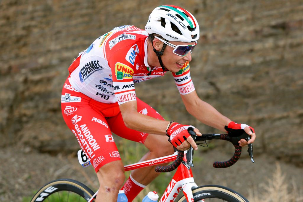 Giro dell'Emilia: Pellaud left with facial accidents right after brake failure