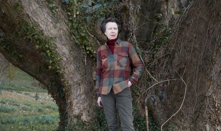 Princess Anne birthday: Royal admirers sent into meltdown as unusual pics are unveiled | Royal | News