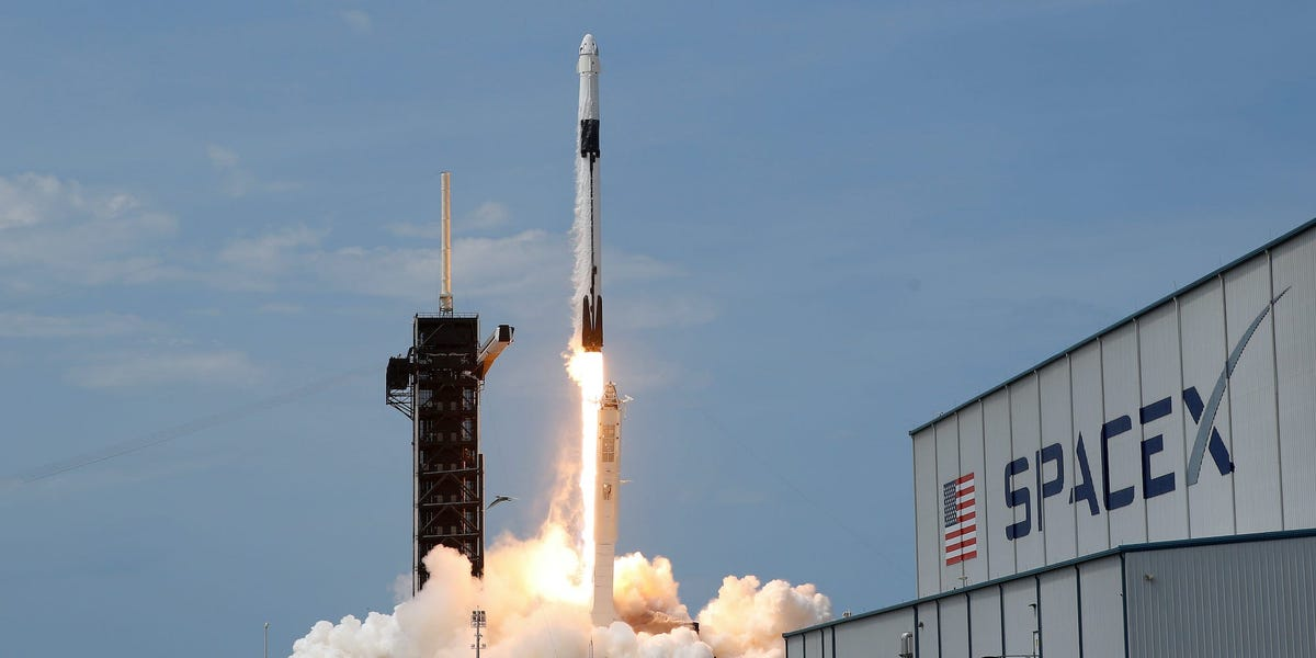 SpaceX might endeavor 3 rocket launches on Sunday