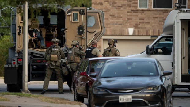 Texas law enforcement: 3 officers shot by gunman 3 held within dwelling