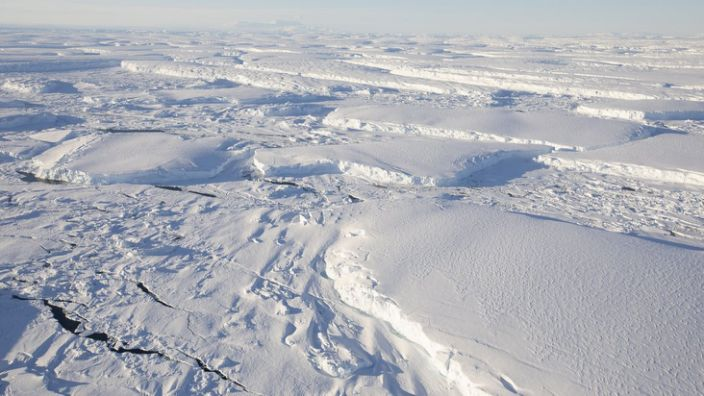 """The size of thuites and their melting rate led them to be called """"Doomsday Glacier"""""""
