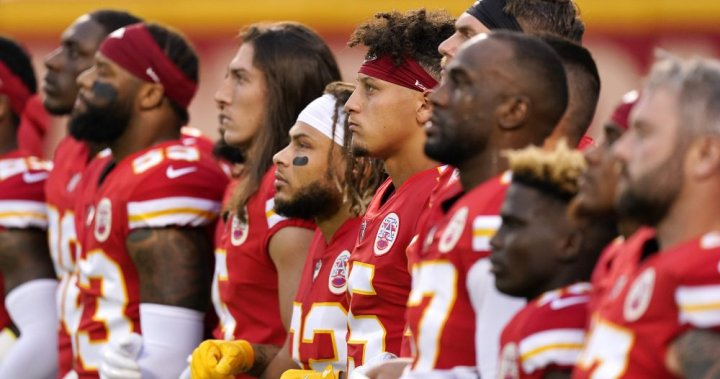 Boos, sarcasm interrupts NFL Players' Moment of Silence for Racial Equality – National