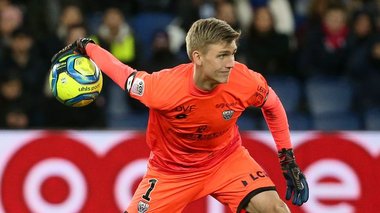 Ronar Alex Runarson made 12 appearances for Dijon last season