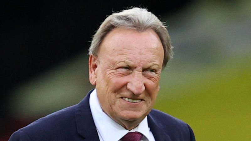 Coronavirus: Middlesbrough coach Neil Warnock tests positive | football news