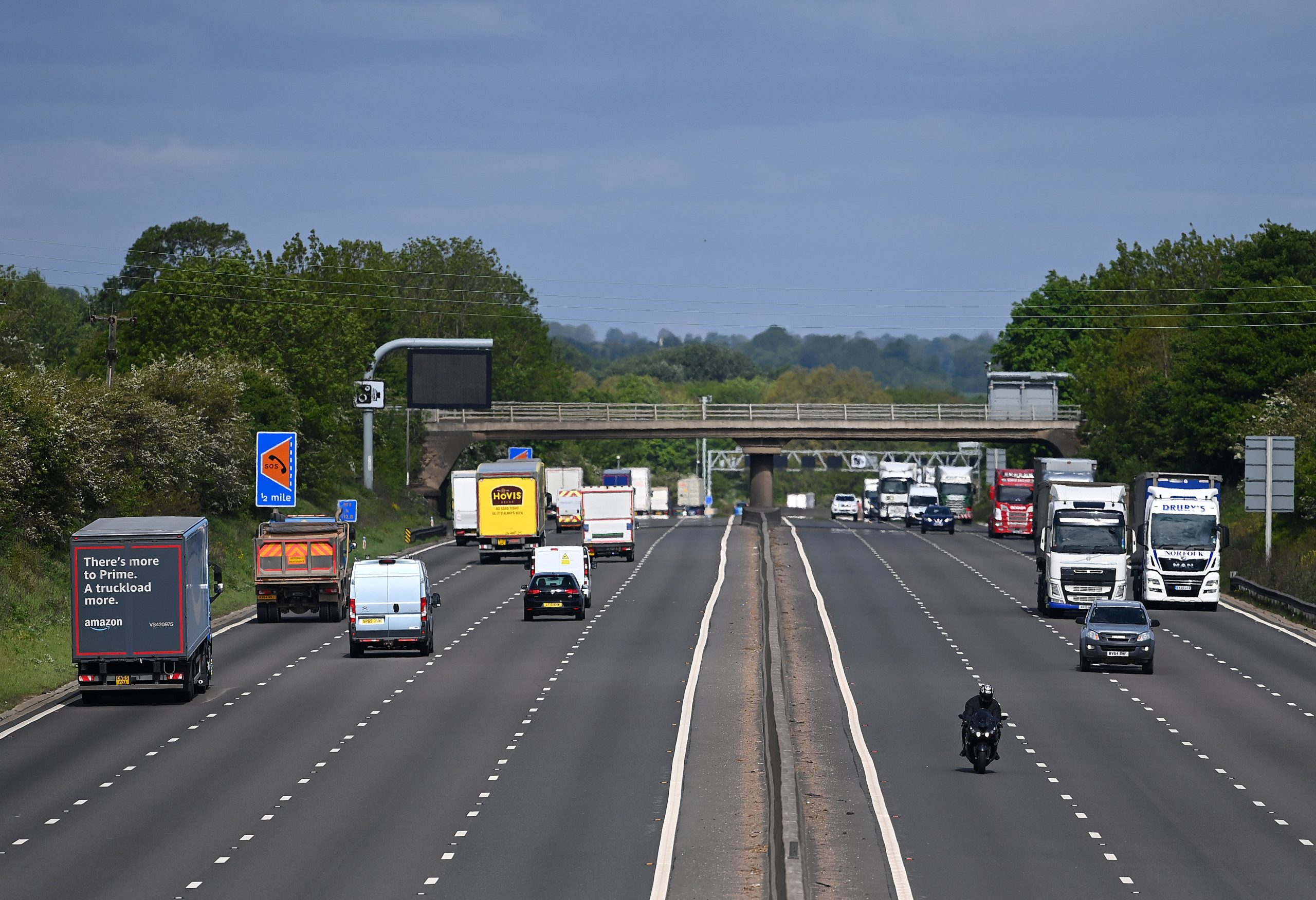 Climate Crisis: Highway speed limits must be lowered to 60 miles per hour to reduce emissions and pollution