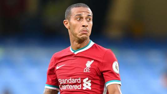 Klopp gives Tiago an update on Thiago's injury and comments on Deer's handball controversy