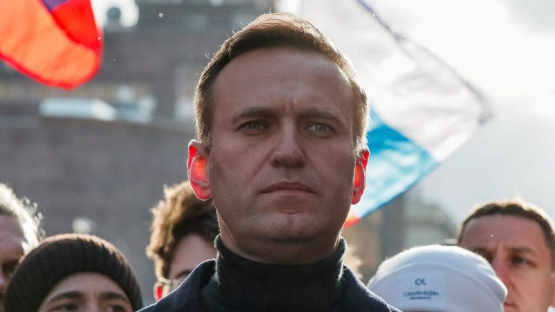 Navalny mocks Putin for suggesting he has poisoned himself