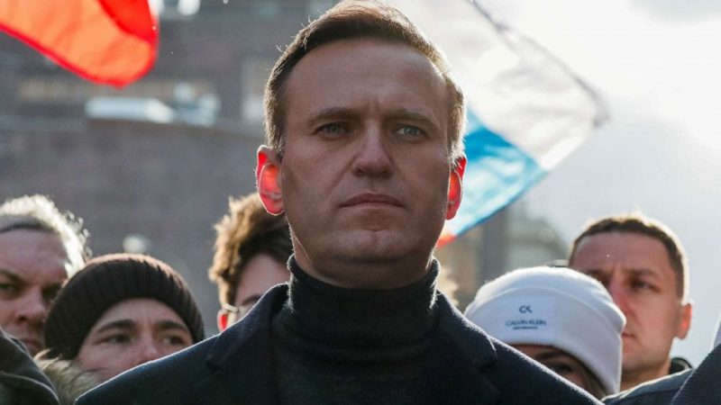 Russian opposition leader Navalny managed to leave the hospital bed