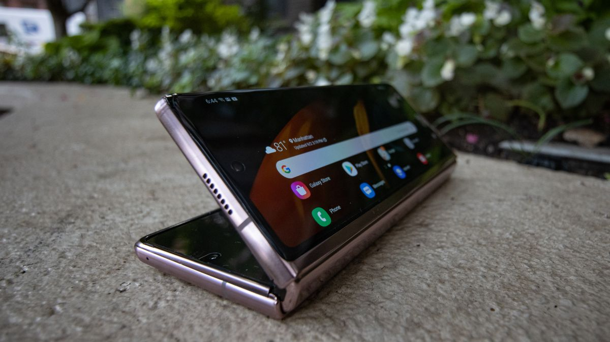 This is what Samsung's next foldable phone could look like – and move on