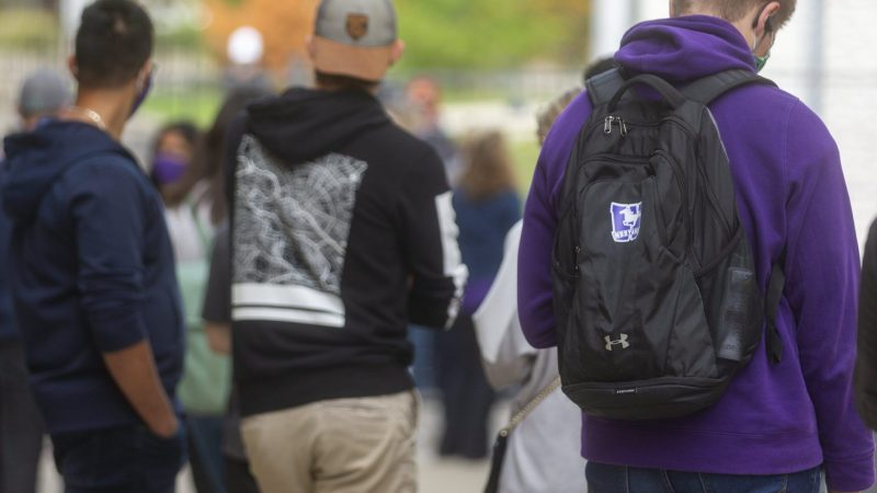 Western University halts its activities as the number of COVID-19 cases on campus rises