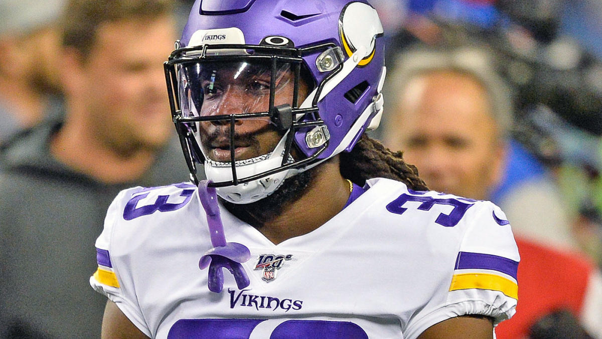 Vikings Dolphin Cook was diagnosed with a thigh injury after he stopped running but is able to return in front of the Seahawks