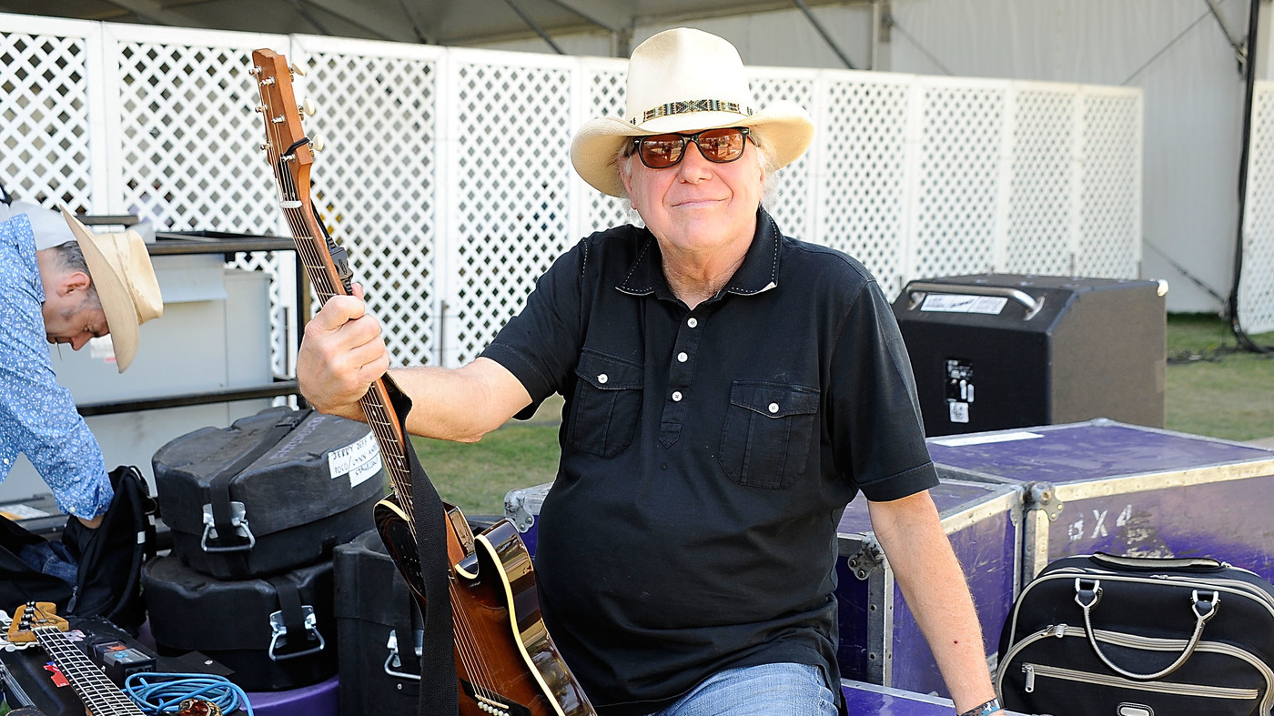 'Mr. Bojangles' Hitmaker Jerry Jeff Walker Dies of Cancer at 78