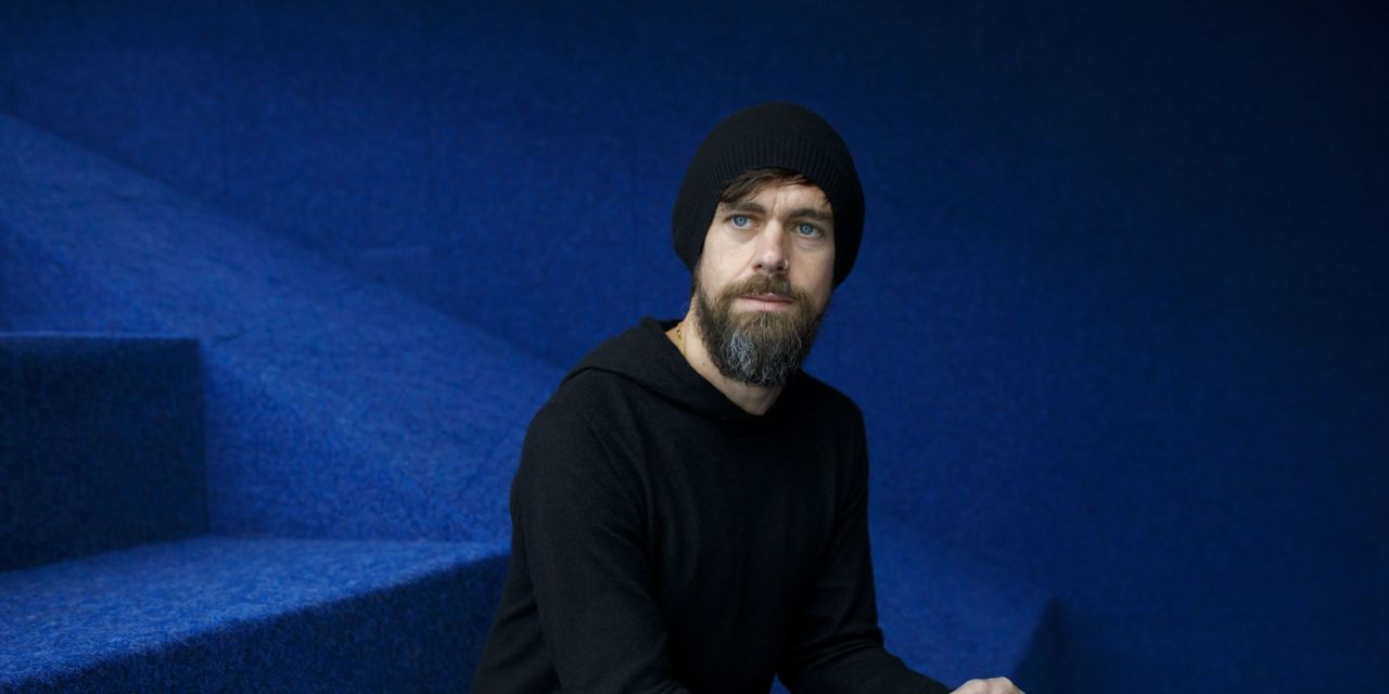 Jack Dorsey from Twitter: An indirect CEO in a time of turmoil