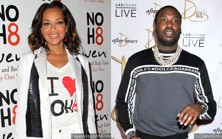 LisaRaye McCoy is open to going ahead with Meek Mill after she's only shown interest by her fans