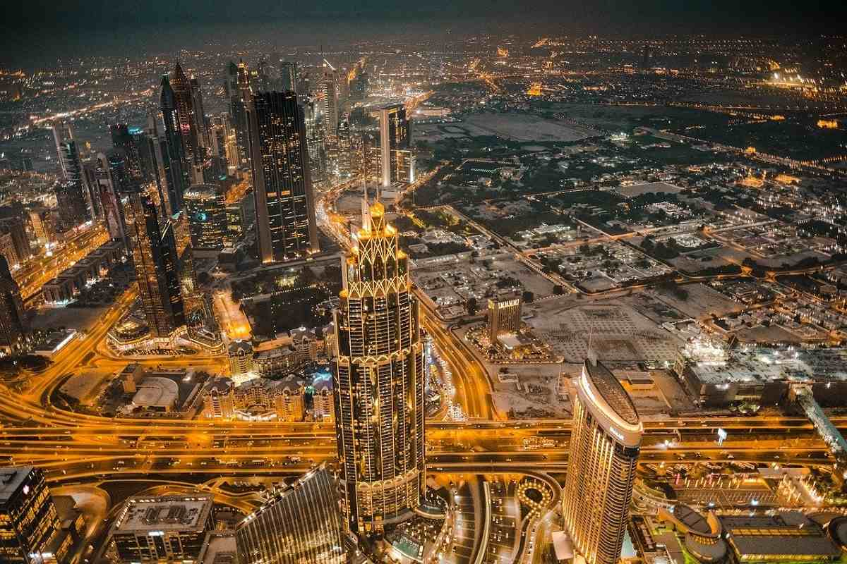 Now, work from home in Dubai: the emirate launches a relocation program for professionals