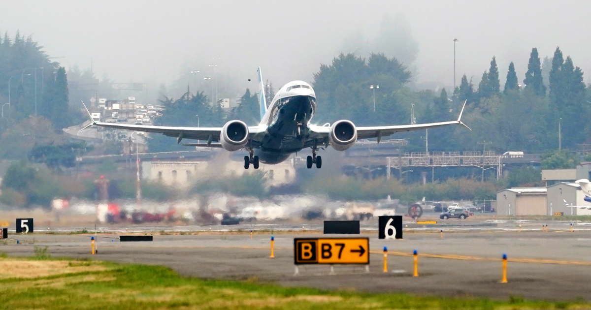 Senior American pilots test the revamped Boeing 737 MAX flight | US and Canada news