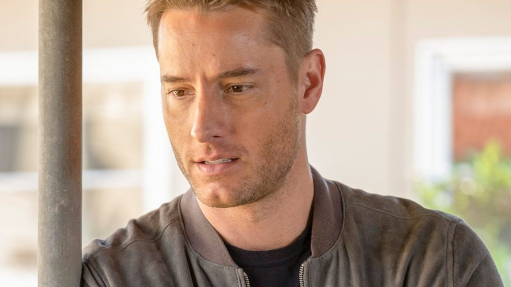 Justin Hartley as Kevin Pearson in This Is Us Season 4