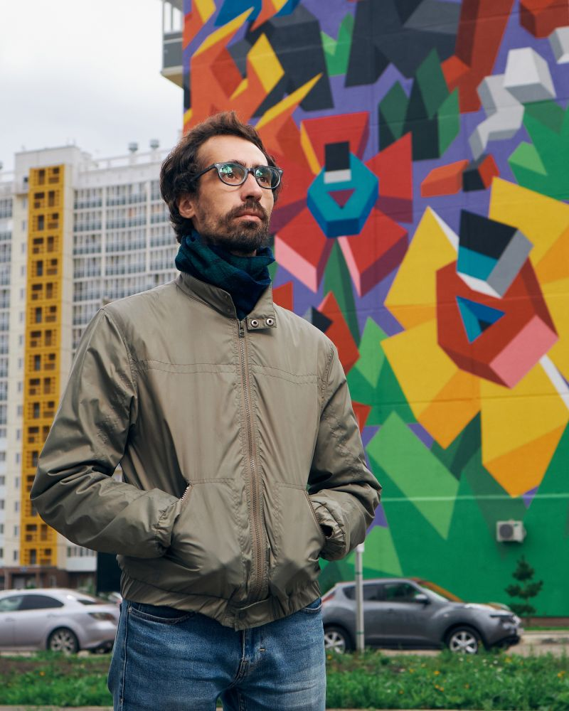Vitali Tsarenkov's 18-story mural was inspired by 8-bit video games, Russian avant-garde, and geometry
