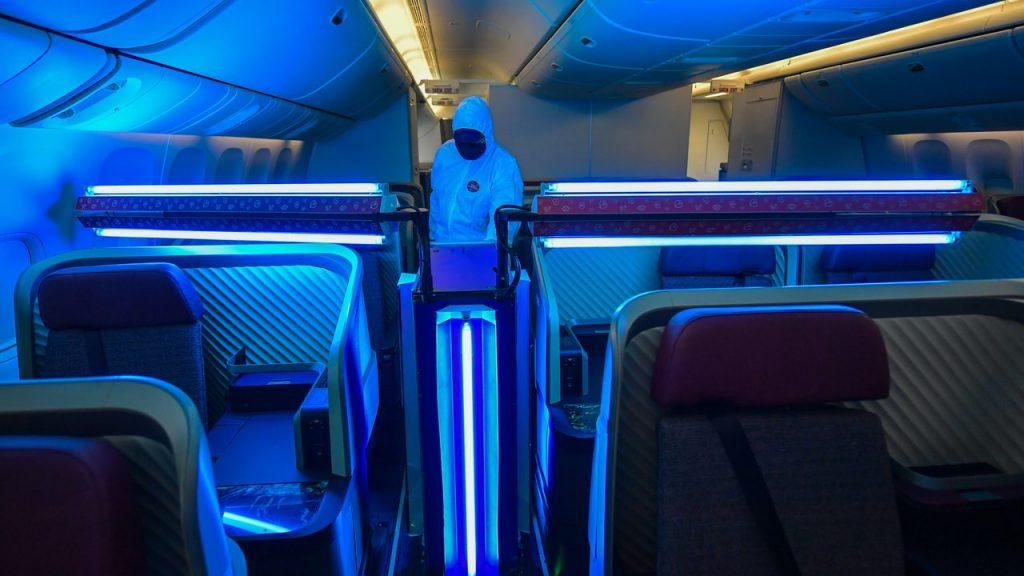 Doctors warn that virus-killing UV lamps burn people's eyes