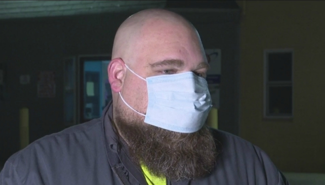 Tow truck driver helps save Wyoming accident victim