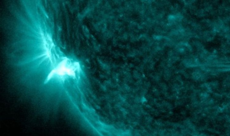 A huge solar explosion stops radio communication on Earth - Video |  Science |  News