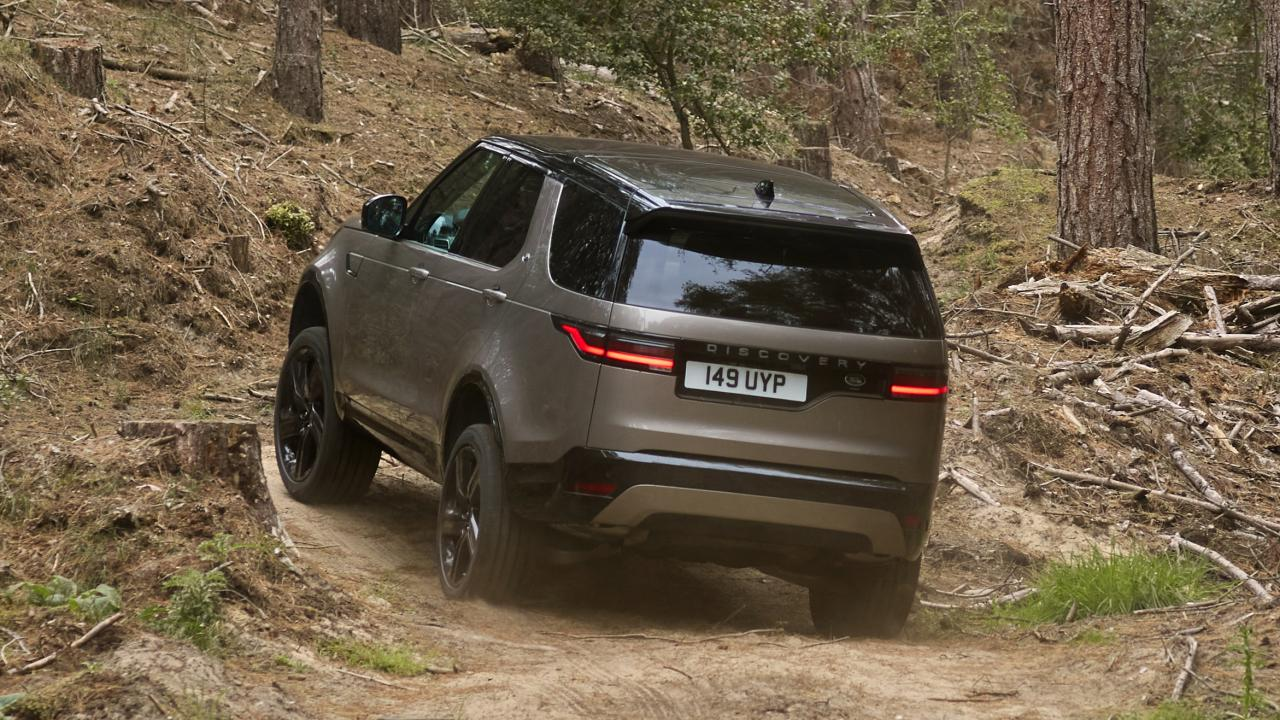 The new Land Rover Discovery is still a buzz