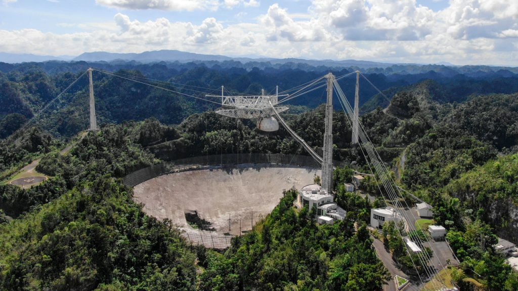 The collapse of the Arecibo telescope, ending 57 years |  Science