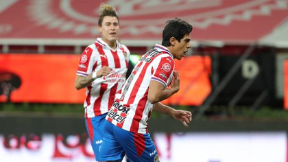 Jose Juan Macias scored the final 1-1 penalty after entering the field after hitting five matches (Photo: Twitter / Chivas)