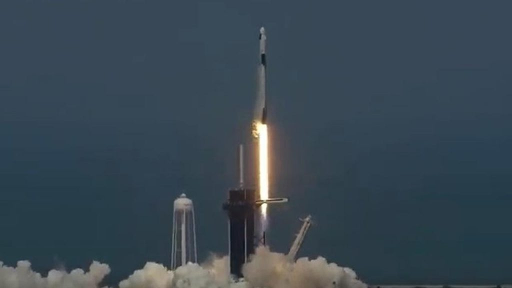America launches a manned space flight for the first time in more than nine years  right Now